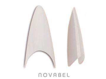 Imagen de Tips de uñas stiletto forma almendrada Thuya
